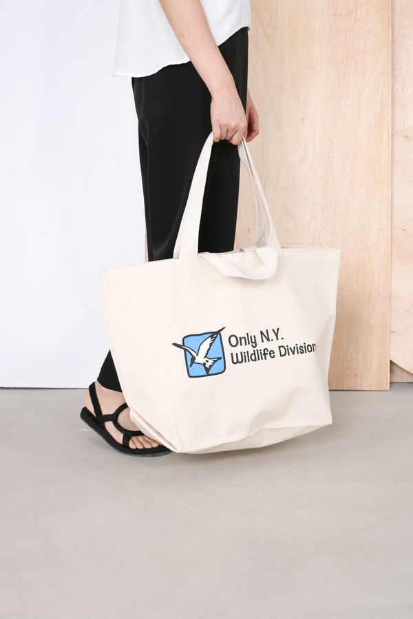 Only NY Wildlife Division XL Tote